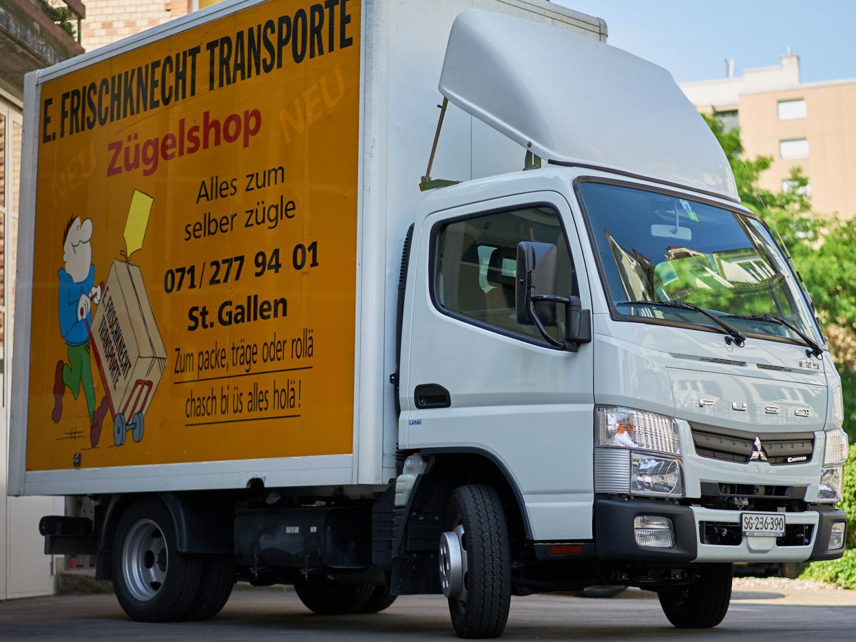 Möbelwagen Mitsubishi Umzugsfirma St. Gallen